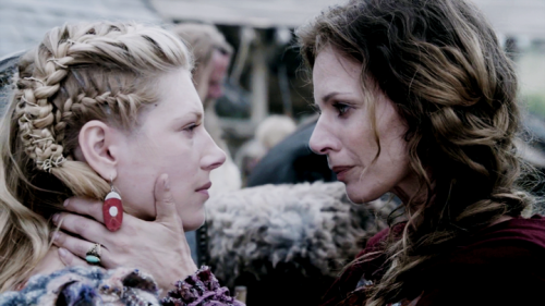 Siggy bids Lagertha farewell.